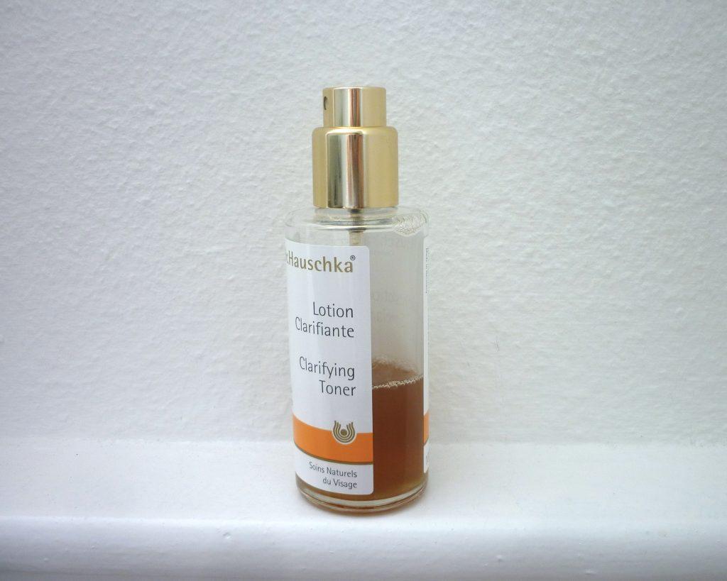 la lotion clarifiante dr. hauschka : un must have pour une belle peau 3