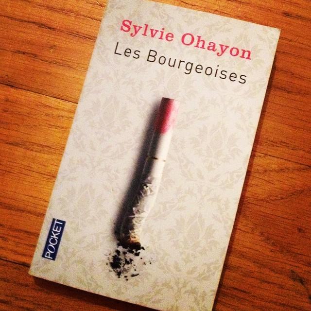 Un livre que je lis en ce moment et que j'apprécie beaucoup : les #bourgeoises de #sylvieohayon ? C'était la minute lecture du soir, bonsoir ? ! #lecture #livre #book #booksoftheday #livredujour #paris