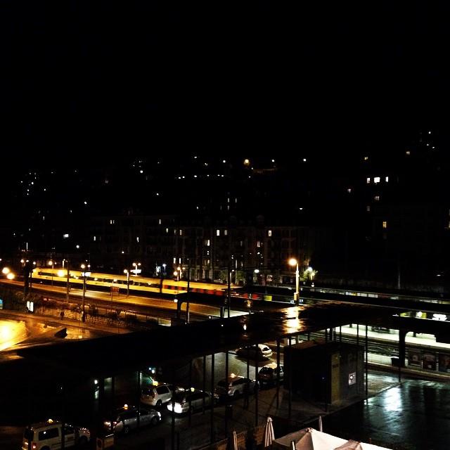 Neuchâtel by night ! #suisse #switzerland #neuchâtel #fromswitzerlandwithlove #swiss