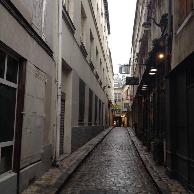 Paris pluvieux #paris #bastille #ledrurollin #rainy #france