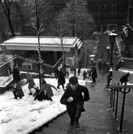 Doisneau Escaliers de Montmartre 1958