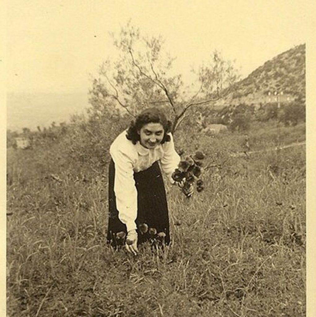 jasmine-urzia-founder-radice-apothecary-grandmother-herbalist