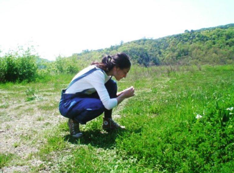 jasmine-urzia-founder-radice-apothecary-skincare-garden